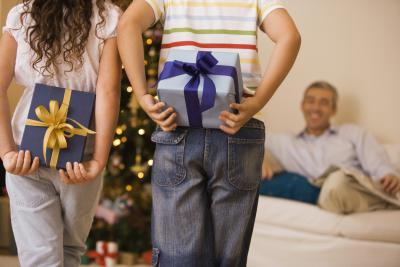 Anniversary-Gift-Ideas-for-Parents