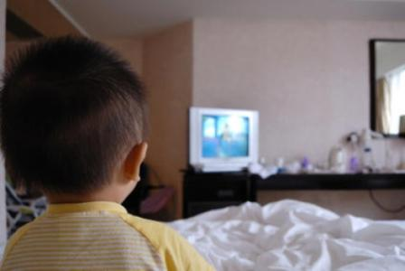 Entertainment Gadgets in the Bedroom Related to Obesity and Sleep Disorders Among Children