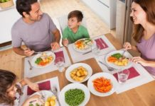 Tips to make Toddler Meal Times More Fun