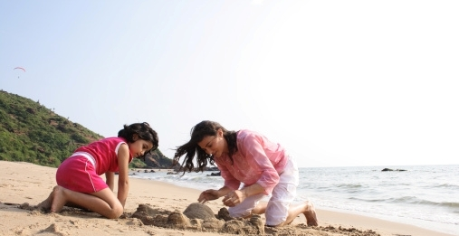 Tips-for-Beach-Vacations-with-Kids