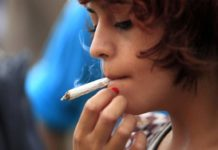 Ways to Guide your Teen to Quit Smoking